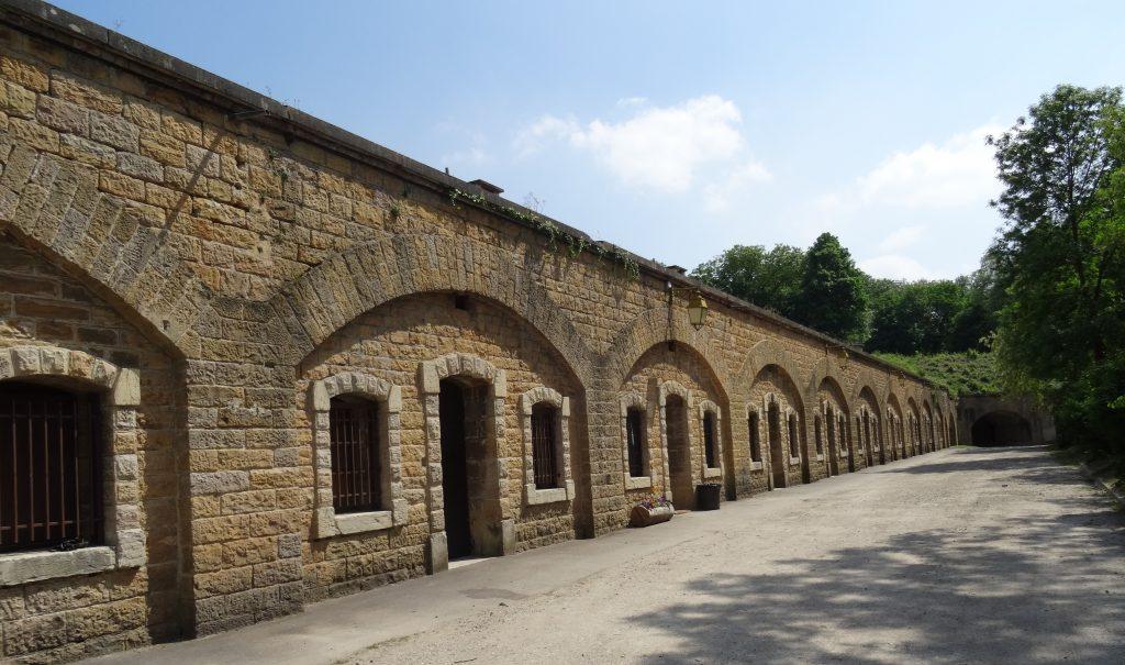 Casernement du parados du Fort de Bron